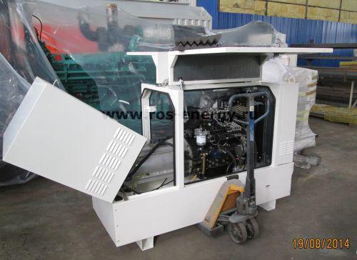 Дизельная электростанция Laser Industries LIP13 в кожухе для резервного электроснабжения загородных домов